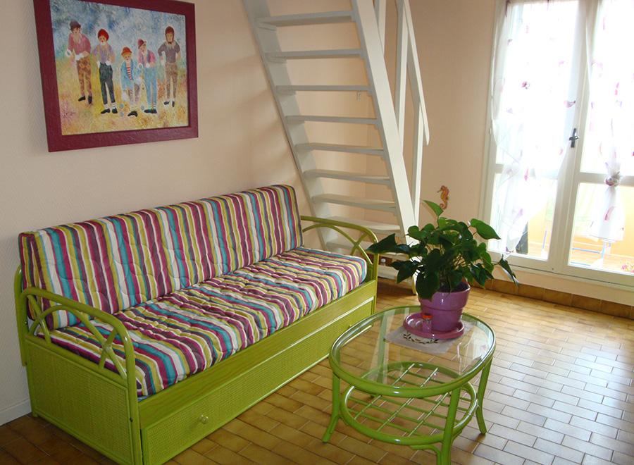 v s ameublement mobilier rotin au cap d 39 agde. Black Bedroom Furniture Sets. Home Design Ideas